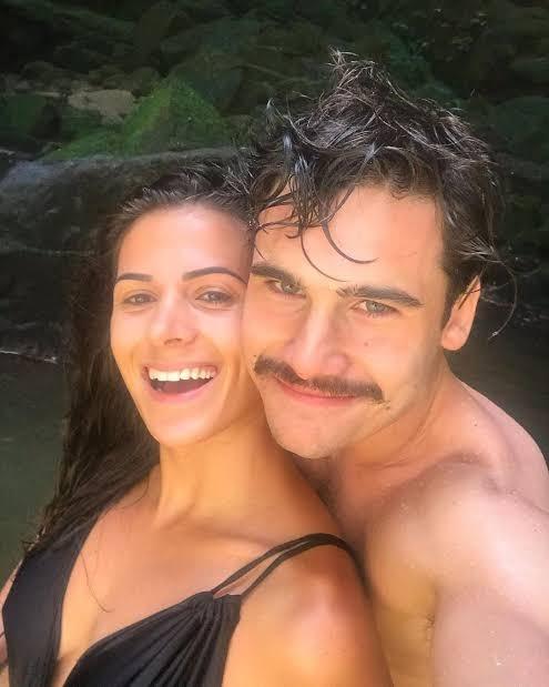 Bruna Blaschek e Nicolas Prattes (Foto: Reprodução/Instagram)