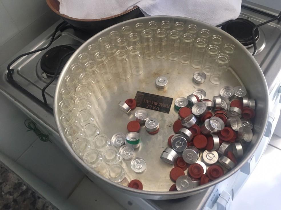 PF descobriu laboratório de anabolizantes que funcionava em apartamento, em Maringá (Foto: PF/Divulgação)