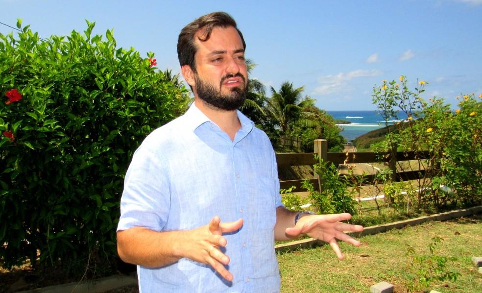Guilherme Rocha não prevê ampliação do turismo na ilha  — Foto: Ana Clara Marinho/TV Globo