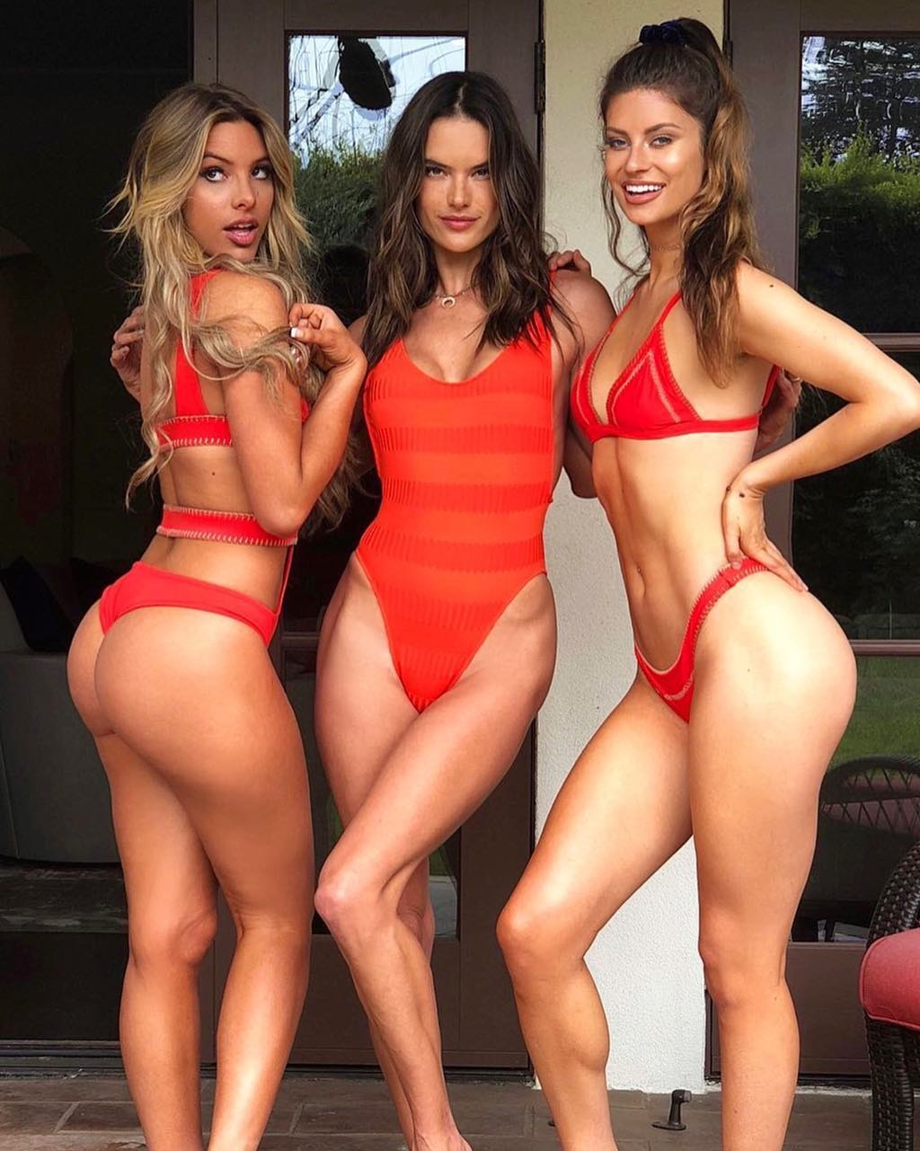 Alessandra Ambrosio e amigas (Foto: Reprodução/Instagram)