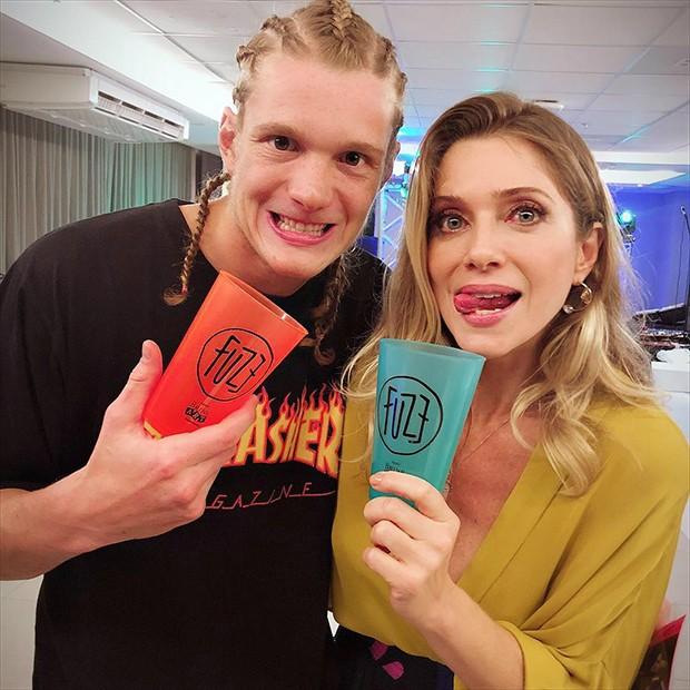 Letícia Spiller e Pedro (Foto: Reprodução/Instagram)