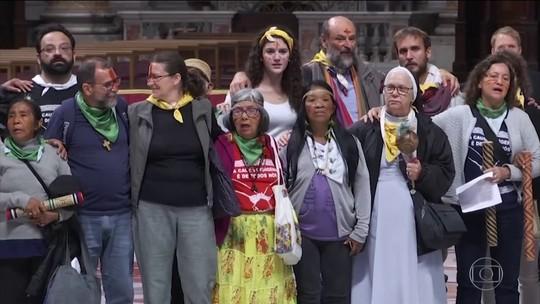 Papa Francisco pede respeito aos povos indígenas da Amazônia