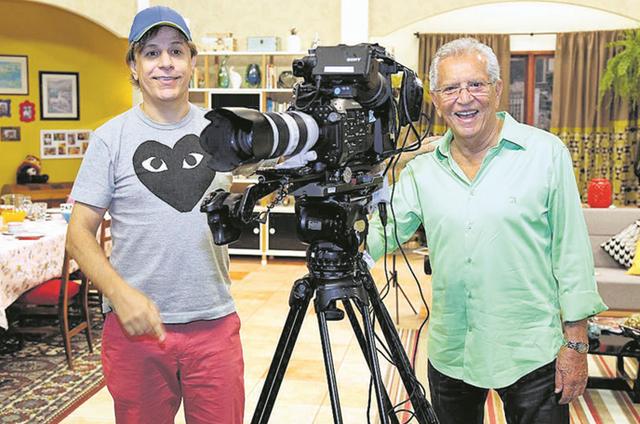 Carlos Alberto de Nóbrega gravou uma participação especial em 'Dra. Darci', novo programa de Tom Cavalcante no Multishow (Foto: Edu Viana / Divulgação Multishow)