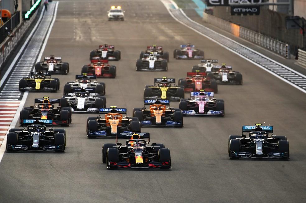 Largada do GP de Abu Dhabi, em Yas Marina — Foto: Getty Images