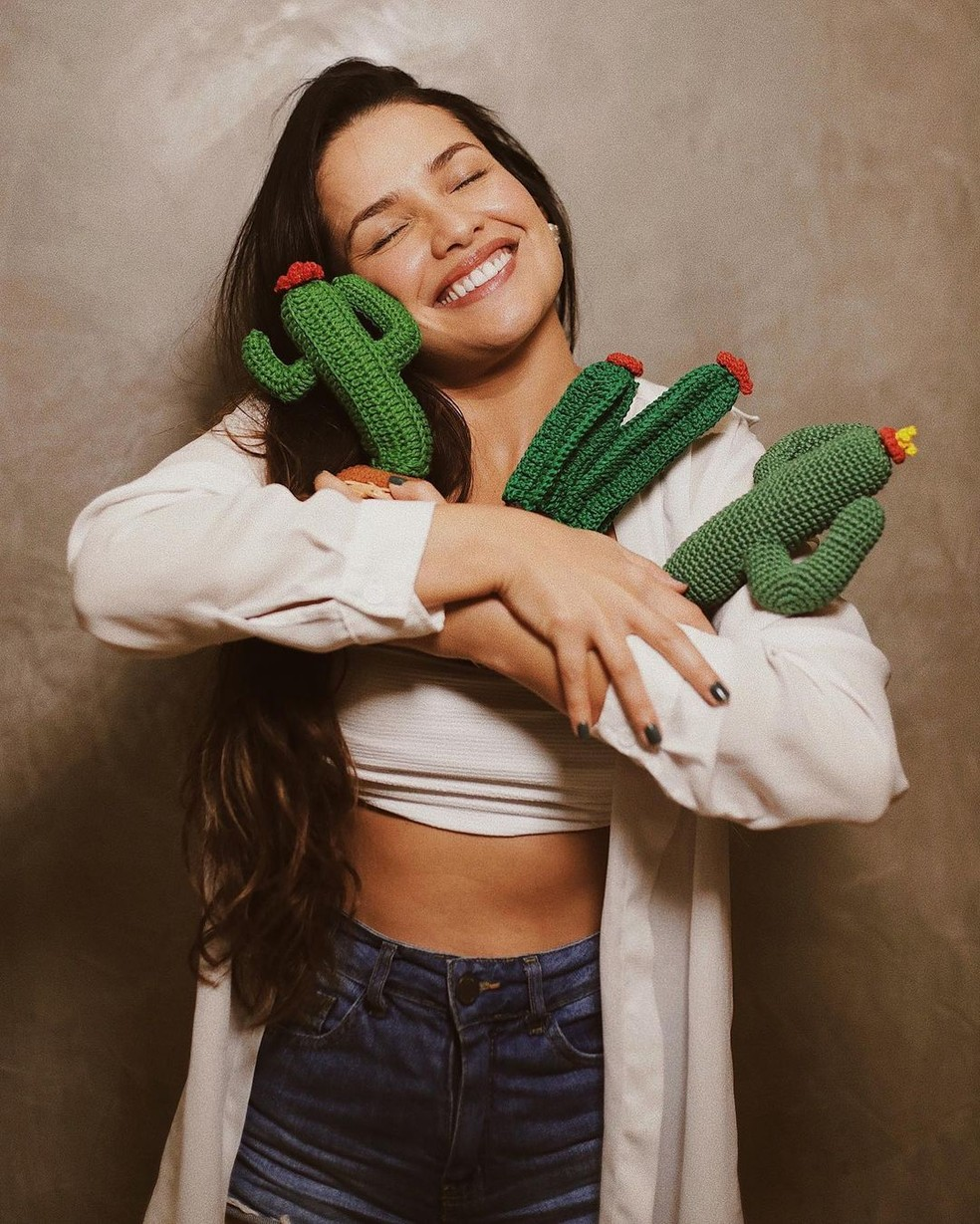 Juliette faz homenagem aos fãs no Dia do Abraço — Foto: Reprodução/Instagram