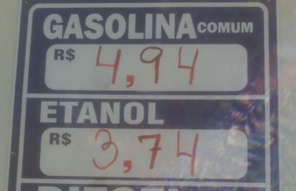 -  Preço dos combustíveis estão altos em Minaçu  Foto: Sérgio Noleto/TV Anhanguera