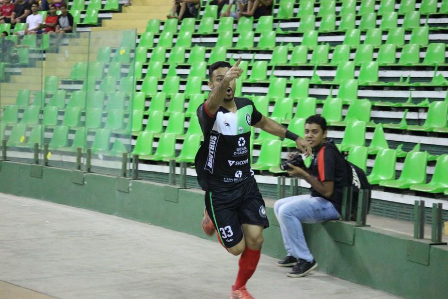 Confirmado no vestiário, pivô vira herói, faz dois e leva JES ao título do 1º turno do Piauiense de futsal