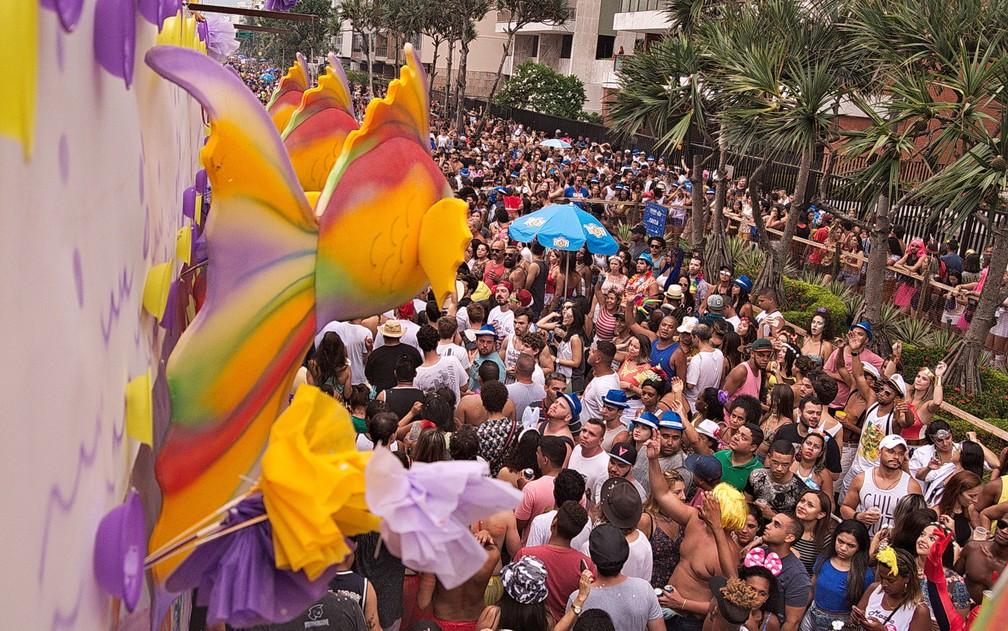 Desfile do Simpatia é Quase Amor na Av. Vieira Souto (Foto: Luciano Oliveira/G1)