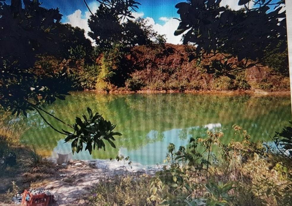 Lago onde crianças foram encontradas mortas em Tartarugalzinho (Foto: Divulgação/Polícia Civil)