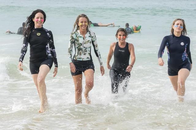 Clarice Niskier, Priscilla Rozenbaum, Cacá Mourthé e Dedina Bernardelli em 'Confissões de mulheres de 50' (Foto: Sabrina Paz)