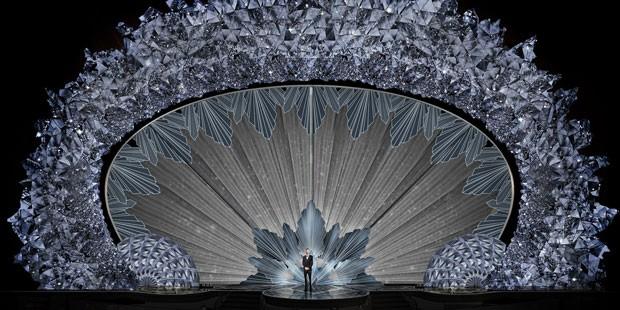 A 90º edição do Oscar acontecerá no próximo domingo (4), e a decoração da cerimônia terá mais de 45 milhões de cristais da Swarovski (Foto: Divulgação)