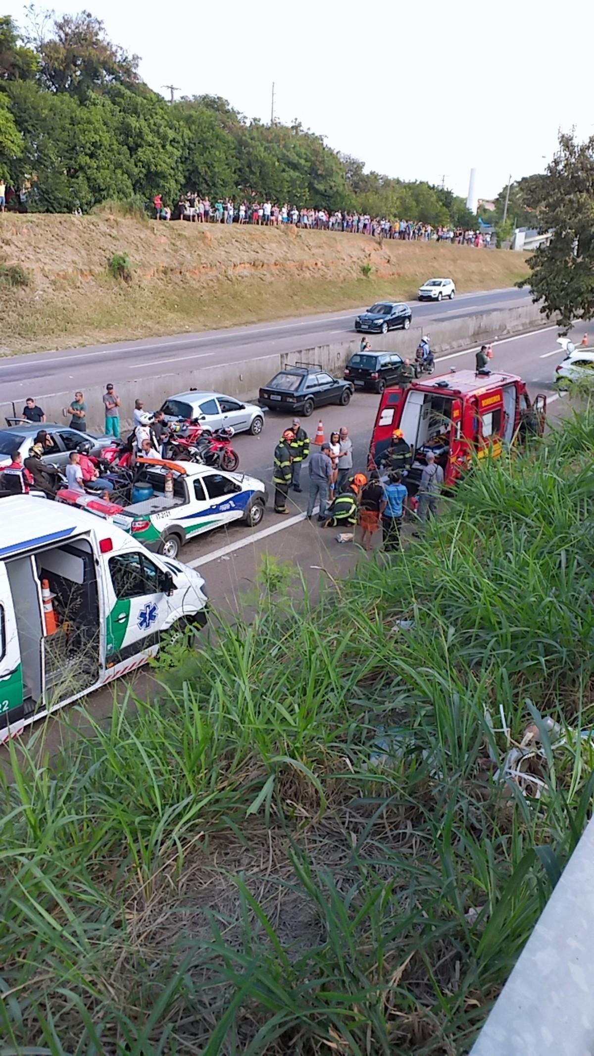 Colisão traseira deixa três pessoas feridas na Rodovia Campinas-Monte Mor