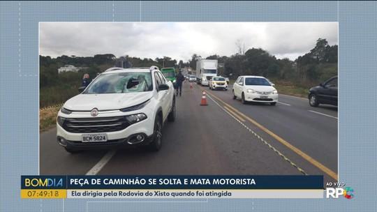Peça de caminhão se solta e mata professora universitária na região de Curitiba