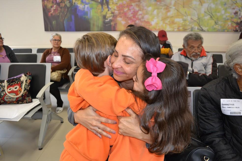 Projeto de lei garante bolsa para pessoas que acolherem crianças e jovens no Ceará — Foto: Maiara Barbosa/G1