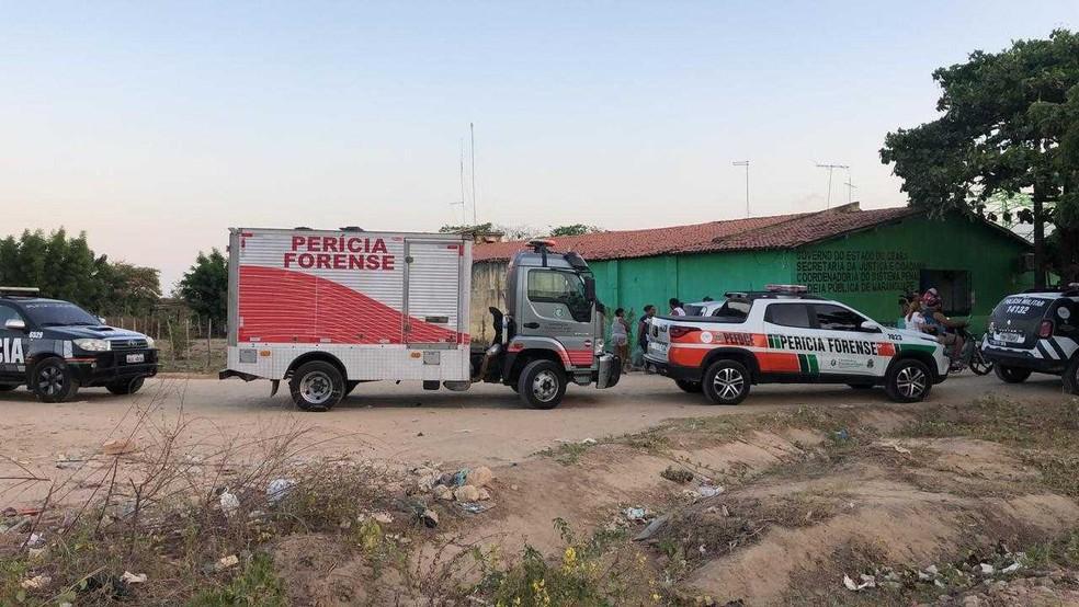Perícia foi acionada para apurar caso — Foto: Paulo Sadat/SVM