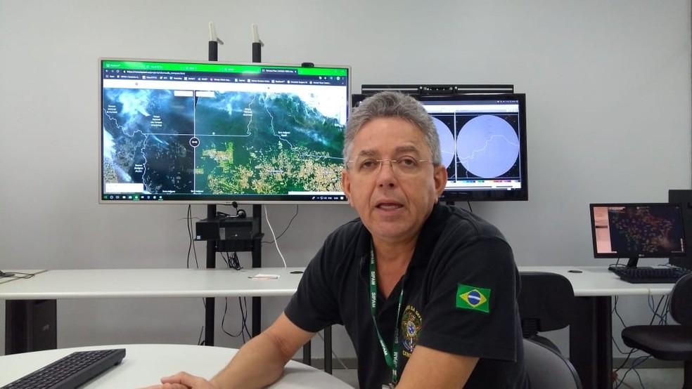 Meteorologista Marcelo Gama diz que no último domingo (4) Porto Veho esteve em nível de alerta com 14% de umidade do ar — Foto: Jheniffer Núbia
