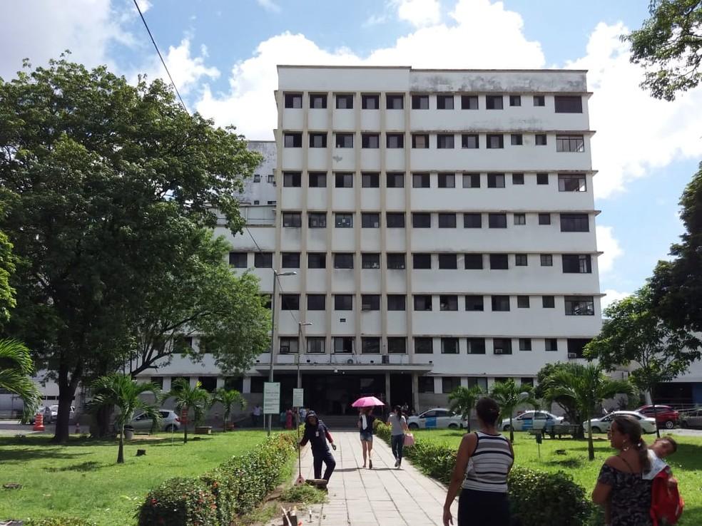 Hospital Barão de Lucena fica na Zona Oeste do Recife — Foto: Mhatteus Sampaio/TV Globo