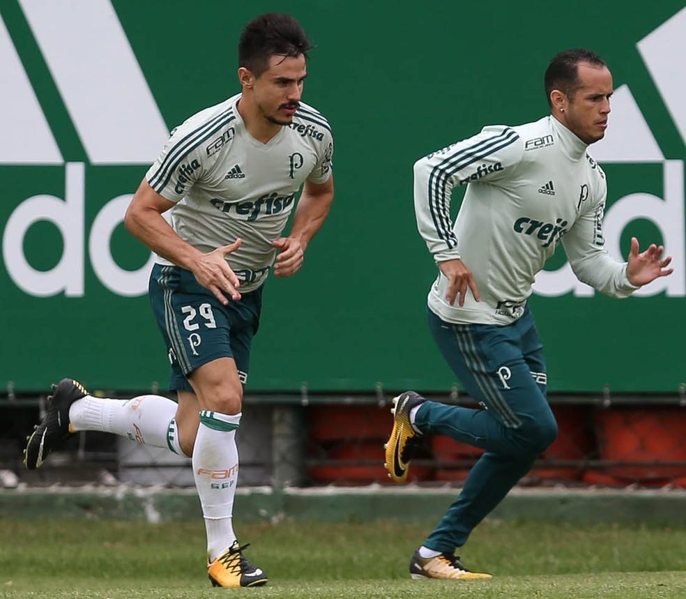 Willian e Guerra, recuperados de lesões, voltaram a aparecer em campo na terça-feira (Foto: Ag. Palmeiras/ Divulgação)