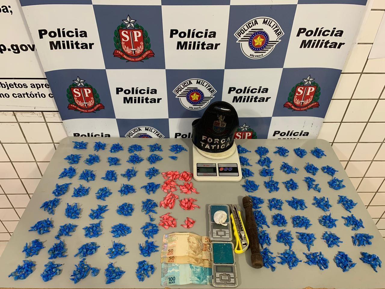 Homem é preso com centenas de porções de drogas em Tatuí