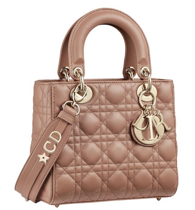 14fe1323e08 Íntimo e pessoal  Dior lança serviço de personalização em seus ...