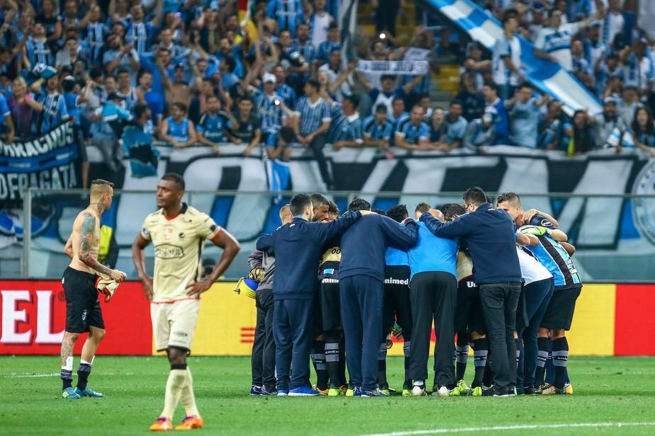 Grêmio supera perdas com alma copeira e alimenta novo sonho do tri 10 anos depois