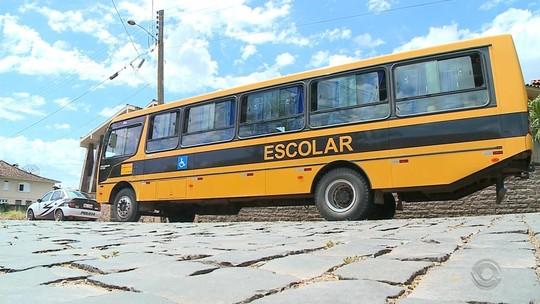 Governo do RS propõe repassar R$ 2 milhões para estender transporte escolar durante recuperação da greve