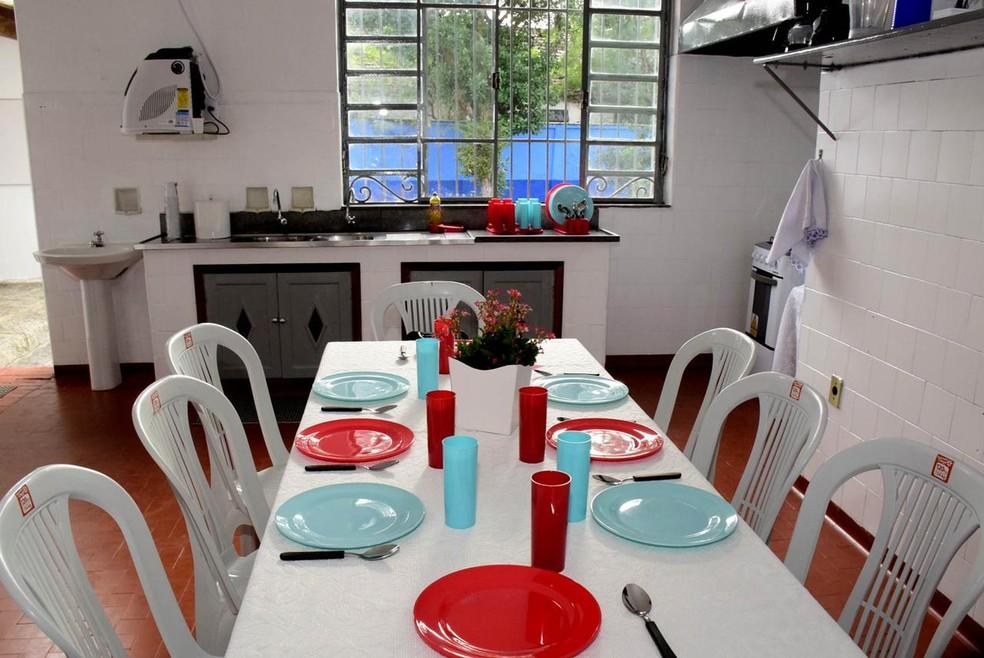 Abrigo de Resende oferece refeição aos hóspedes — Foto: Divulgação/Prefeitura de Resende