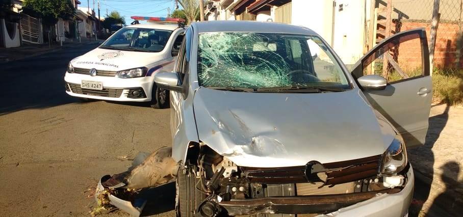 Motorista abandona carro após bater em moto e deixar condutor ferido em Americana, diz Guarda - Noticias