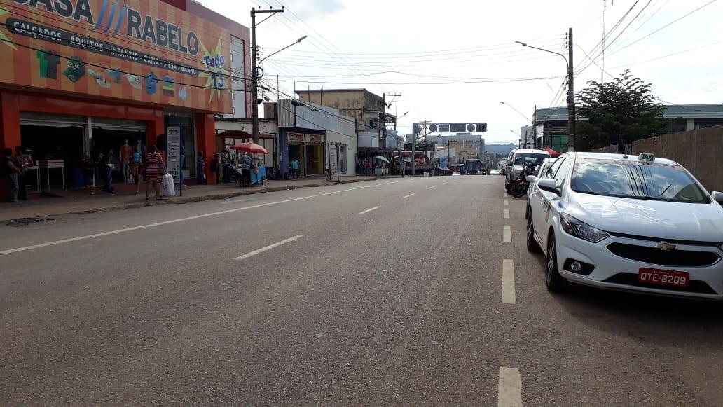Assaltante rouba R$ 50 mil de homem que chegava em agência bancária em Porto Velho