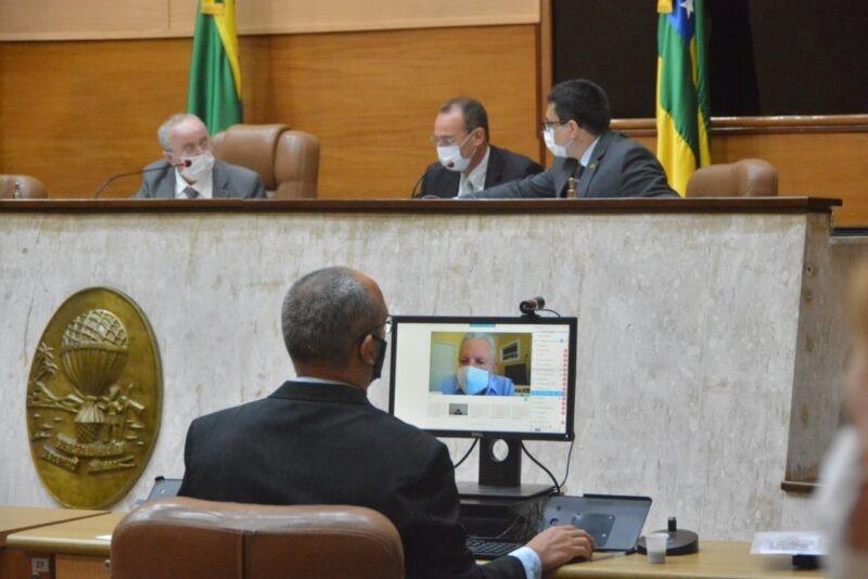 Deputados aprovam projeto de lei que retorna gratificações a mais de 1,1 mil servidores da Secretaria de Saúde de SE