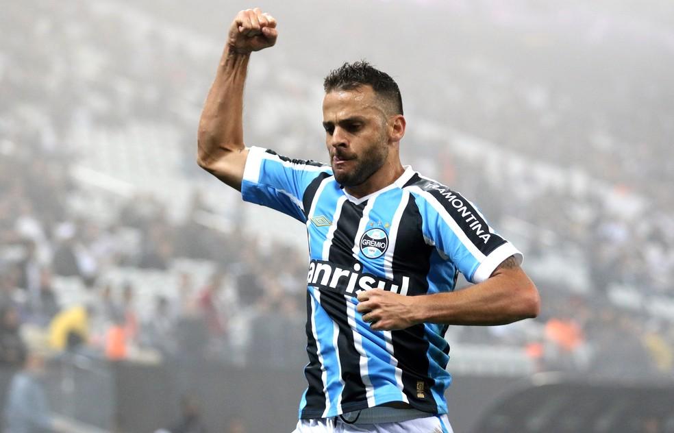 O clube mais recente de Bobô no Brasil foi o Grêmio — Foto: Getty Images