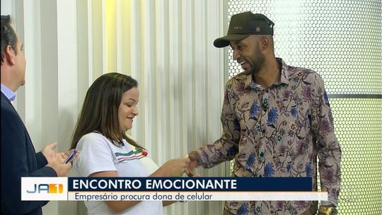 Após reportagem, empresário que descobriu ter comprado celular roubado encontra a dona, em Goiás