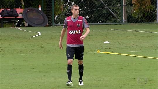 Com Arthur, Grêmio chegará a 11 volantes vendidos no século 21