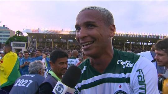 Titular de Felipão, Deyverson completa dois anos de Palmeiras entre gols, polêmicas e apoio