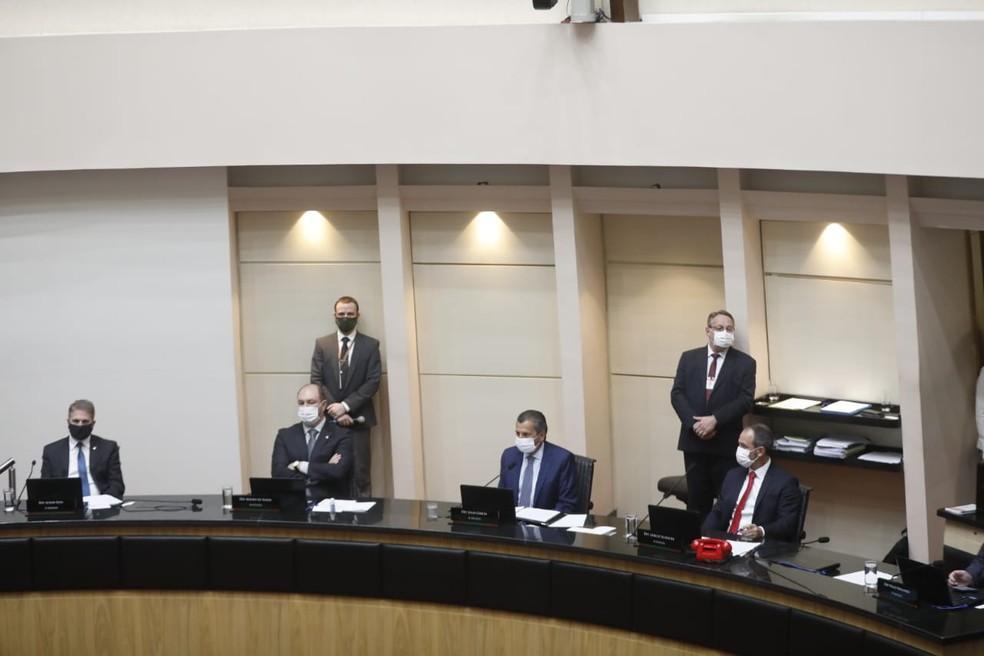 Sessão na tarde desta quinta-feira (17) decide por andamento a processo de impeachment de governador e da vice em SC — Foto: Diorgenes Pandini/NSC