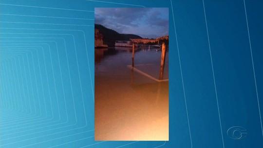 Aumento repentino da vazão do Rio São Francisco causa prejuízos em Piranhas, AL