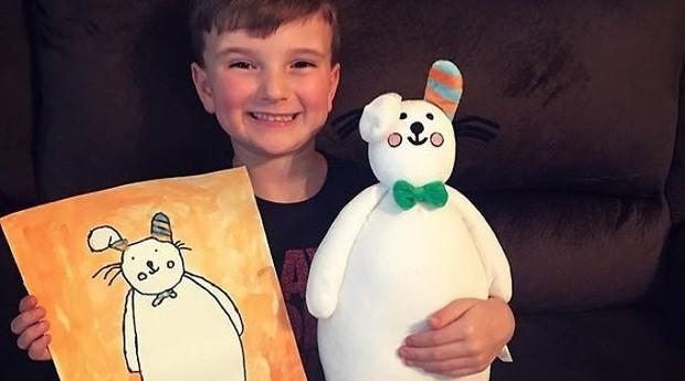 """A """"Budsies"""" transforma desenhos de criança em bichinhos de pelúcia. (Foto: Divulgação/Budsies)"""