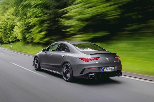 Mercedes-AMG CLA 45 S 4MATIC+ (2019), Kraftstoffverbrauch kombiniert: 8,3-8,1 l/100 km; CO2-Emissionen kombiniert: 189-186 g/km // Fuel consumption combined: 8.3-8.1 l/100 km; Combined CO2 emissions: 189-186 g/km (Foto:  )