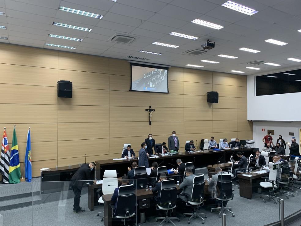 Sessão seria realizada na terça-feira (14), em Guarujá (SP) — Foto: Addriana Cutino/G1