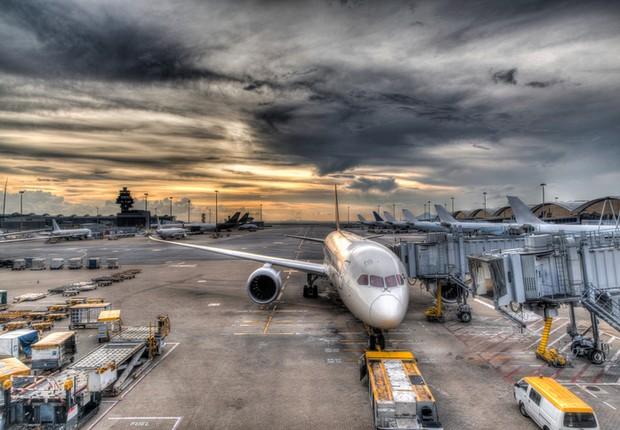 Aeroporto de Hong Kong: nova pista terá paredão e sistema de drenagem contra inundação (Foto: Thinkstock) (Foto: Thinkstock)