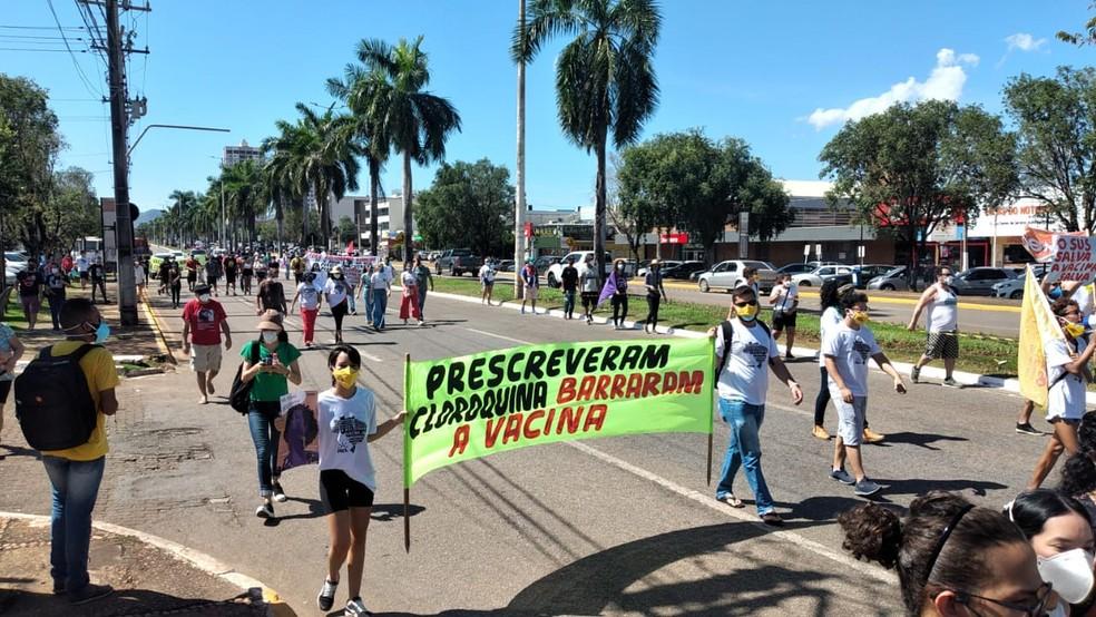 Caminhada aconteceu na avenida JK, no centro de Palmas — Foto: Régio  Parente/TV Anhanguera