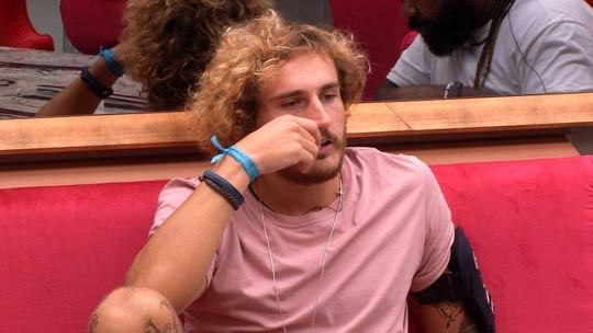 Alan conversa com Rodrigo e reflete: 'Quarta-feira vão ter só sete na casa'