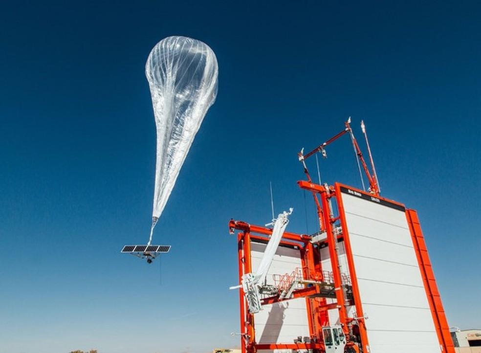 Balão satélite Loon, da Alphabet. — Foto: Loon/Divulgação