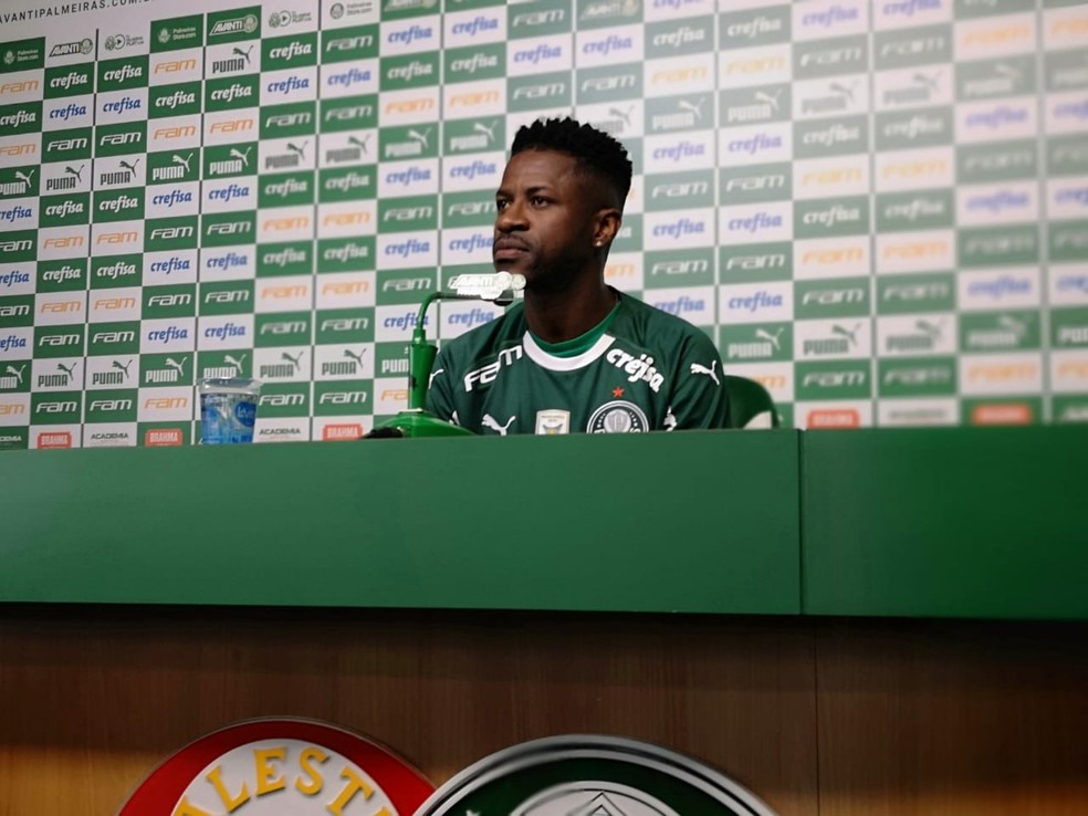 Ramires fala na Academia de Futebol  — Foto: Tossiro Neto