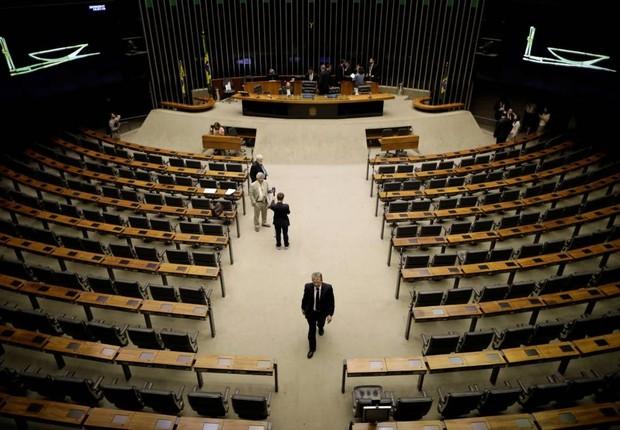 Plenário praticamente vazio na Câmara dos Deputados (Foto: Ueslei Marcelino/Reuters)