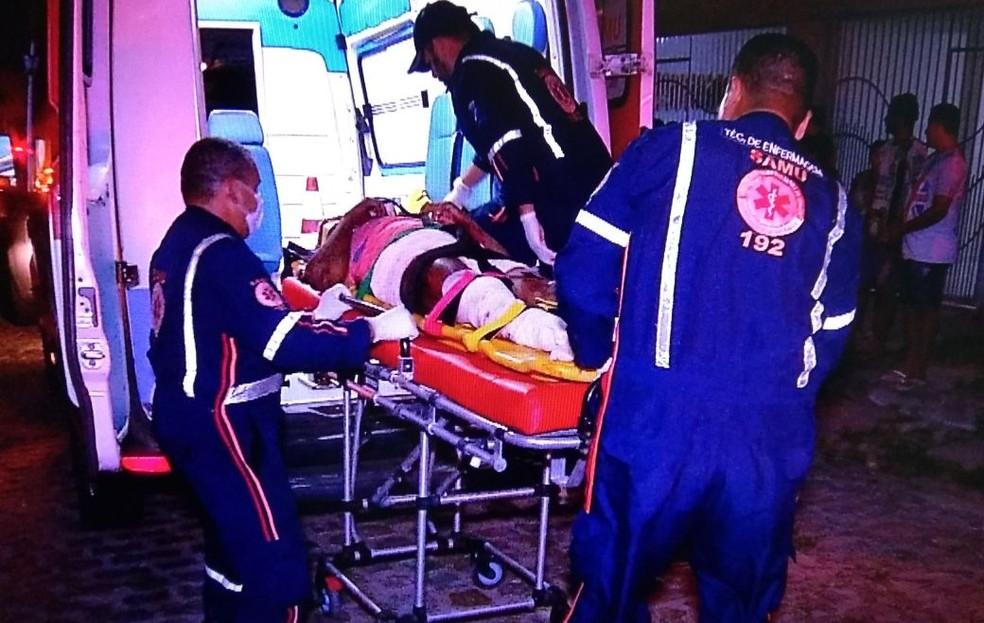 Samu socorreu homem que foi arrastado pelo bairro da Cidade da Esperança, em Natal (Foto: Ítalo Sales/Inter TV Cabugi)