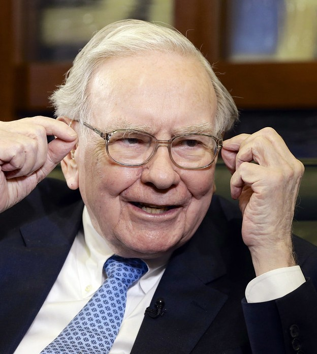 Warren Buffett mostra que você pode atingir a felicidade com uma simples escolha