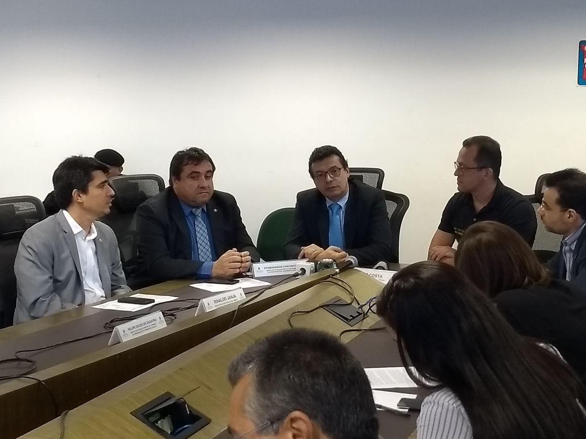 Delegado recebeu cerca de R$ 20 mil para soltar traficante no Ceará, diz polícia