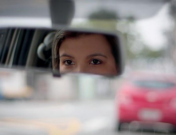 Cibele não pensou duas vezes e pagou indevidamente para conseguir sua carteira de motorista. Não queria  perder tempo caso fosse reprovada no exame prático (Foto: Marcos Alves / Agencia O Globo)