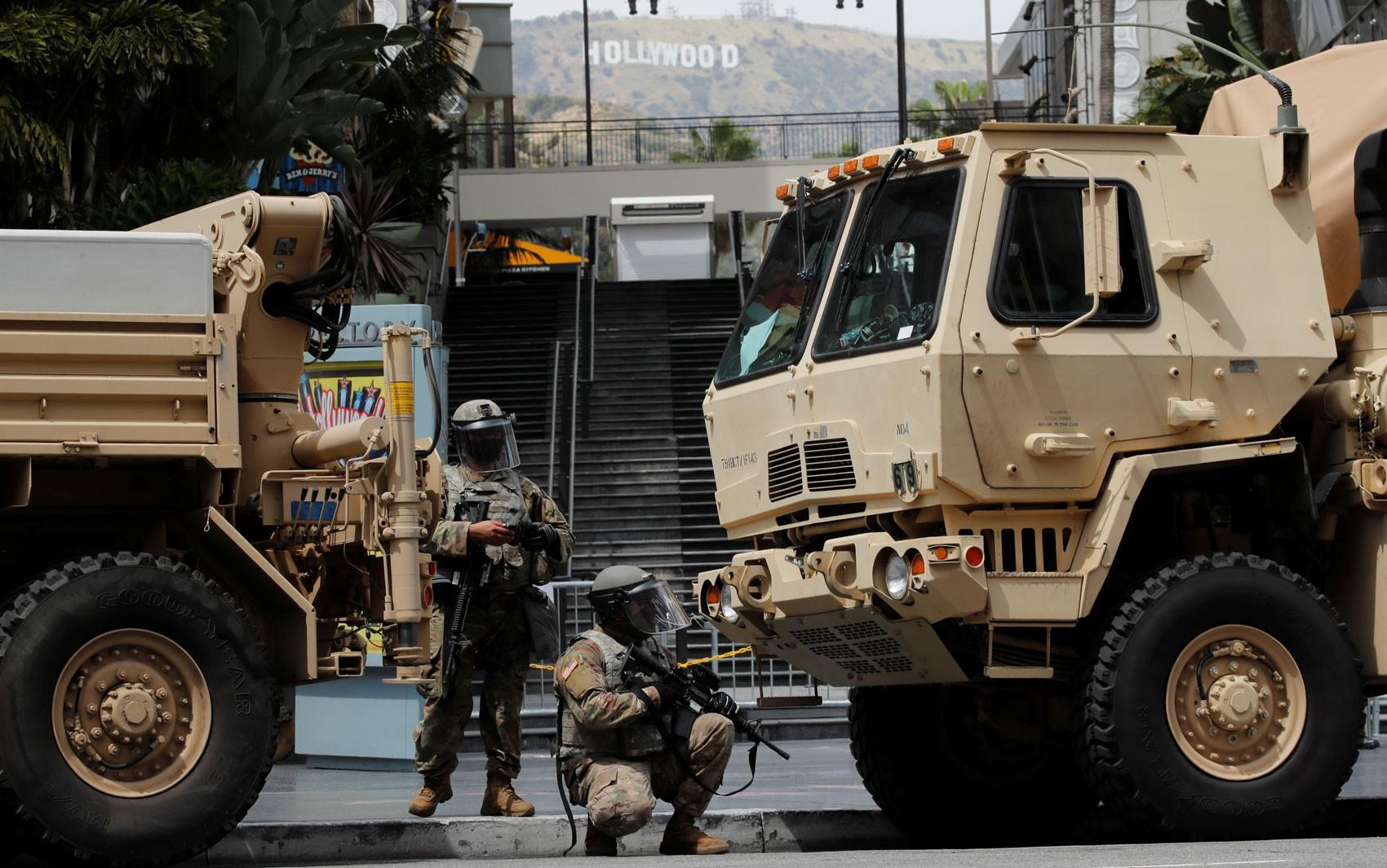 Trump pode mandar tropas para conter protestos contra a vontade dos governadores?